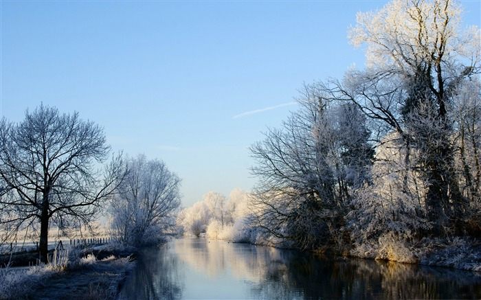crooked rhine river-winter snow theme wallpaper Views:5446
