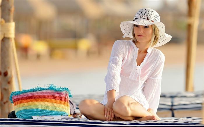 girl on the beach-Sexy beauty HD photo wallpaper Views:9980