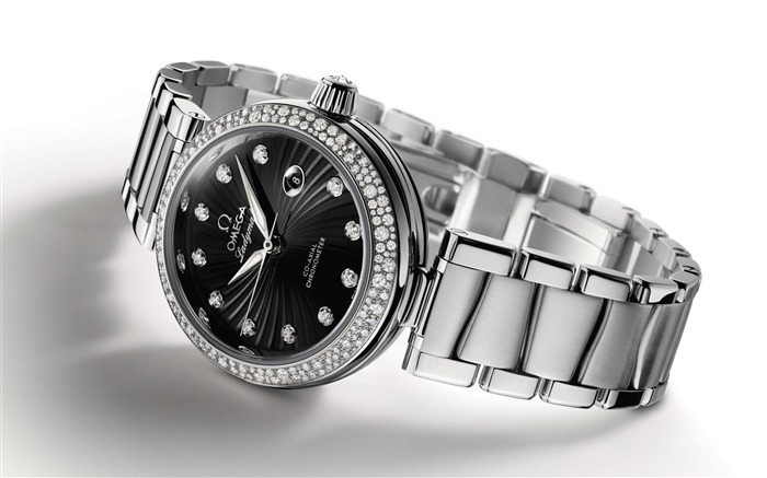 The world famous brands watches Featured wallpaper Views:13062