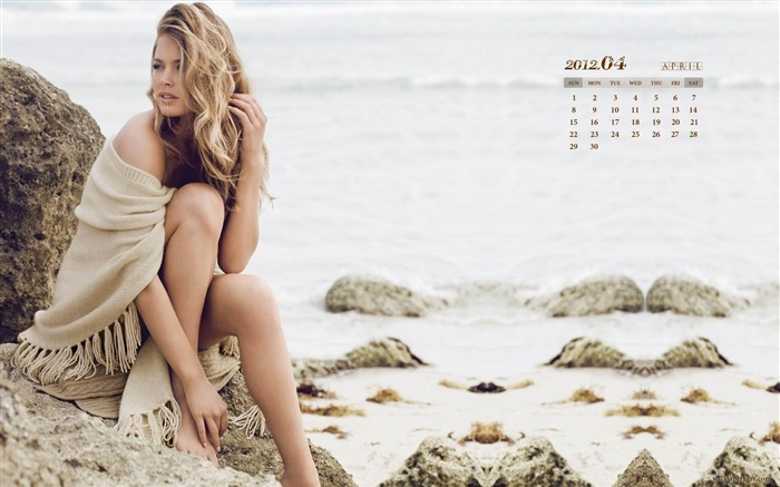 Sexy Girl-April 2012 calendar themes wallpaper Views:8502