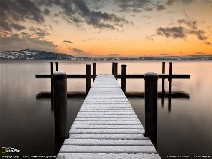 Lake of Zug Switzerland-National Geographic 2011 Best Wallpapers Views:3137