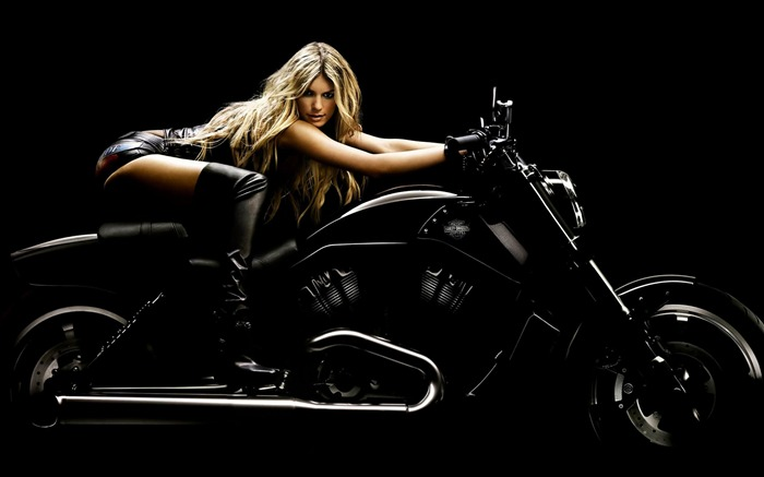 Marisa Miller Harley Davidson Black-Top Sportbike photo wallpaper Views:34148