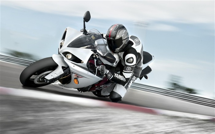 Yamaha Factory Racing Motion-Top Sportbike photo wallpaper Views:3299