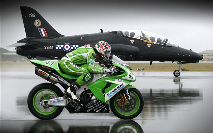 superbike vs jet-Top Sportbike photo wallpaper Views:7804