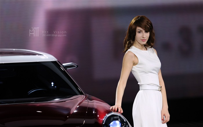 2012 Beijing auto show beautiful models wallpaper Views:11763