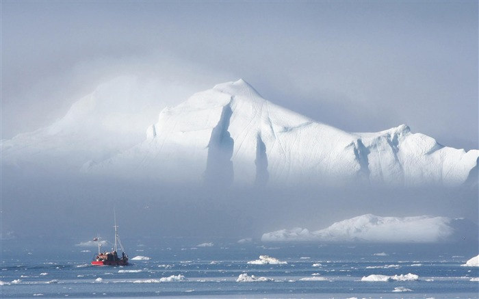 Greenland Mystery-natural scenery wallpaper Views:9985