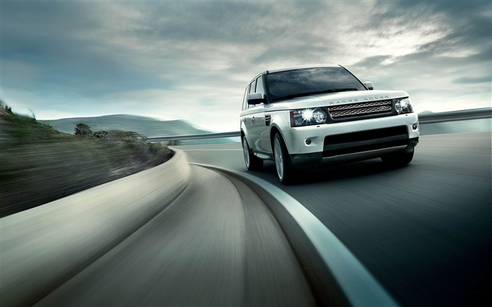Land Rover Range Rover Sport 2013 Wallpaper Views:10219