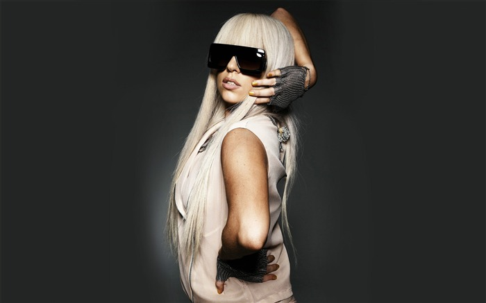 lady gaga-music days after photo wallpaper 08 Views:7663
