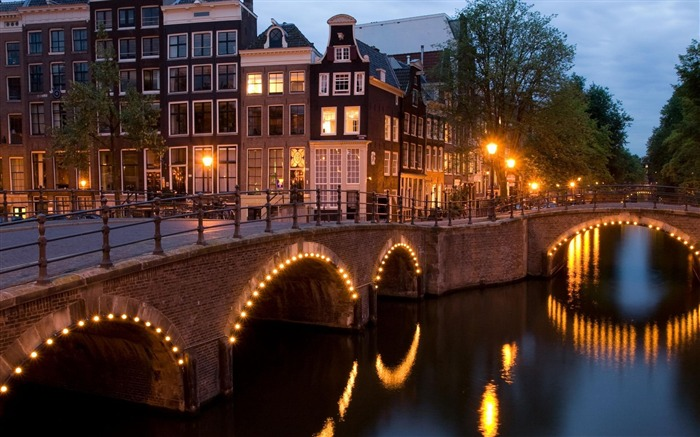 nights amsterdam-Cities photography wallpaper Views:6358