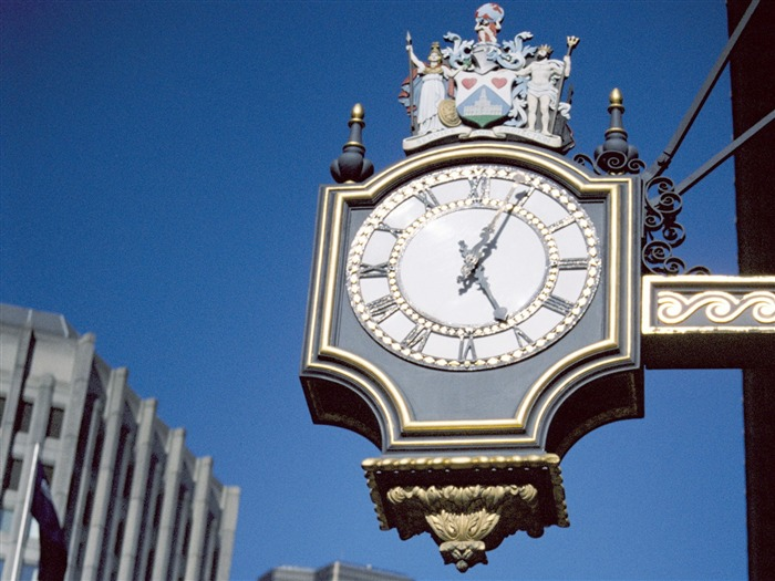 street the decorated wall clock-London Photography Wallpapers Views:30317
