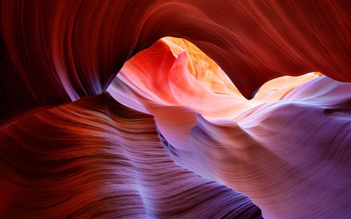 Brilliant phoenix-like view of Antelope Canyon-Mac OS Wallpaper Views:20349
