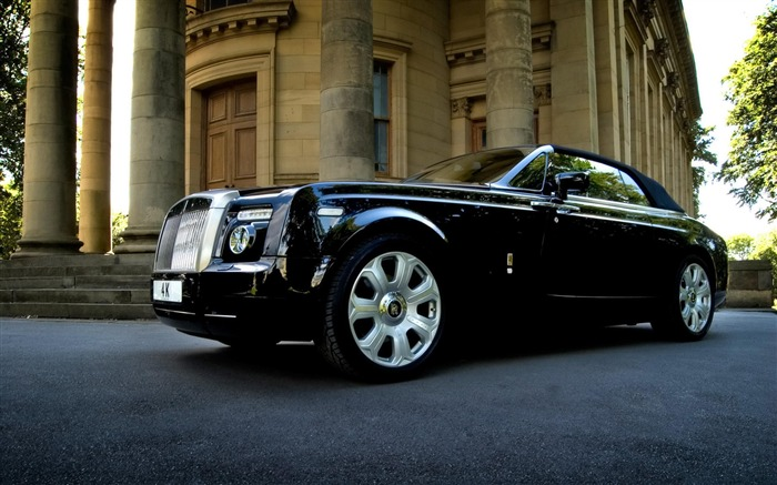 Rolls Royce-Cars desktop wallpaper Views:11503