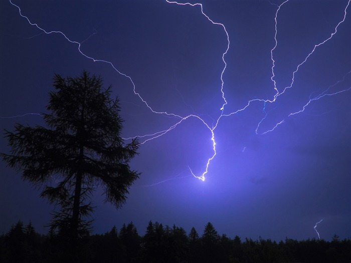 night lightning-Nature Wallpapers Views:13318