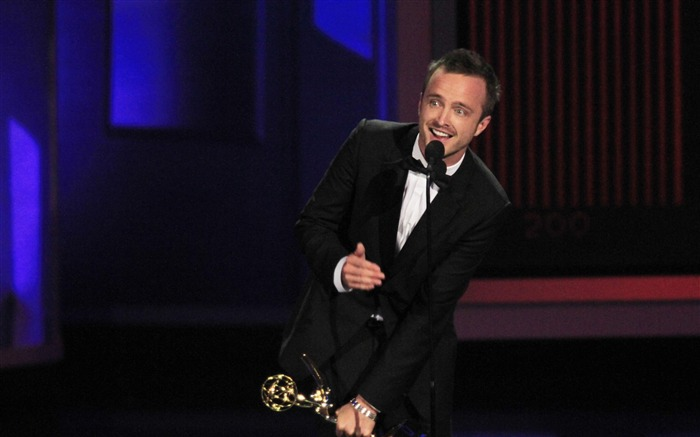 Aaron Paul Actor-2012 64th Emmy Awards Highlights wallpaper Views:5021