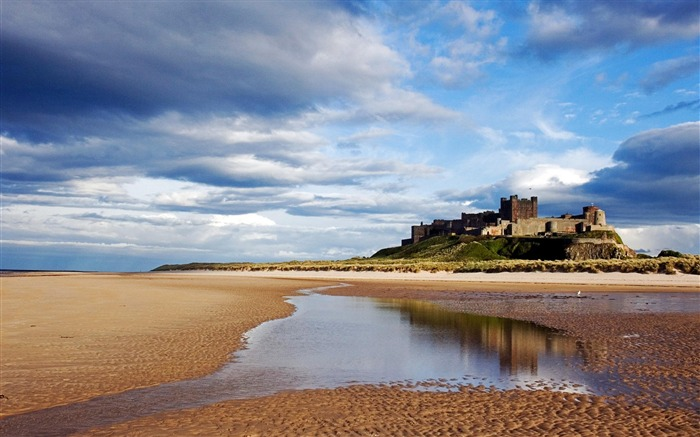 Bamburgh Castle Bamburgh Northumberland England-Nature Landscape Wallpapers Views:11785