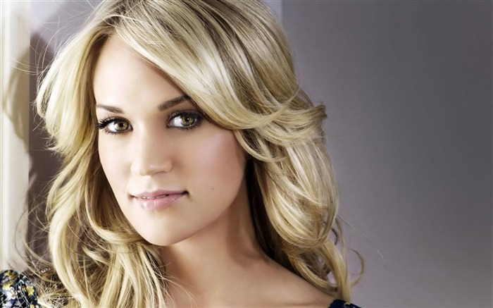 Carrie Underwood-Beautiful photo wallpaper Views:7197