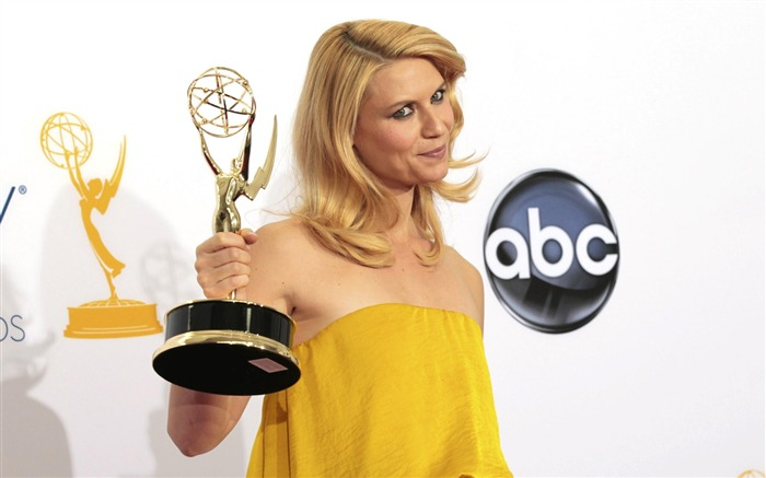 Claire Danes Actor-2012 64th Emmy Awards Highlights wallpaper Views:4532