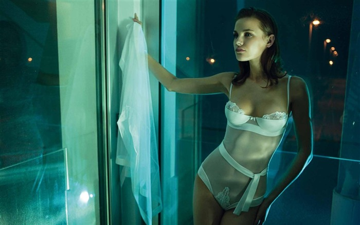 Italian brand Ritratti Milano 2011 spring and summer underwear wallpaper Views:10853