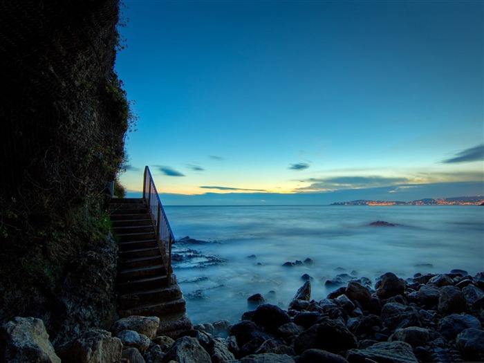 beach stairs-Nature Wallpapers Views:8923
