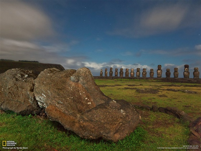 Moai Easter Island-National Geographic photography wallpaper Views:10793