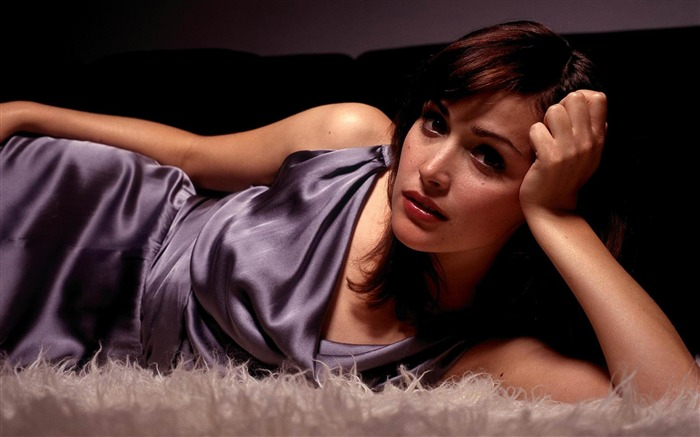 Rose Byrne-beautiful sexy photo wallpaper Views:9091