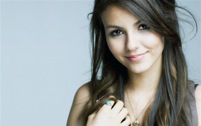 Victoria Justice American-beautiful sexy photo wallpaper Views:15237