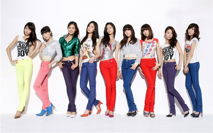 Girls Generation-beautiful girls idols combination HD photo wallpaper 02 Views:3799