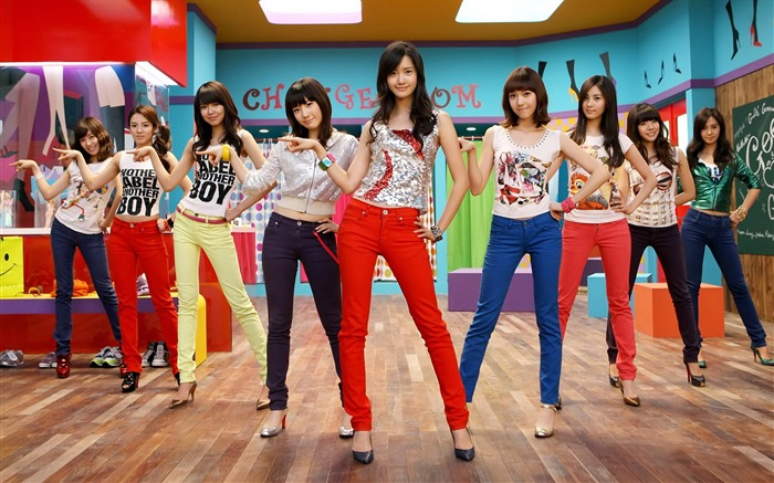 Girls Generation-beautiful girls idols combination HD photo wallpapers Views:9118
