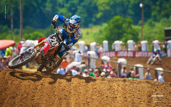 High Point Station - riders Justin Barcia desktop wallpaper Views:3377