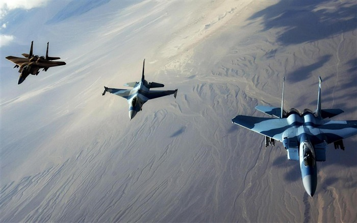 Jet Fighters in Formation-2012 military Featured wallpaper Views:3552