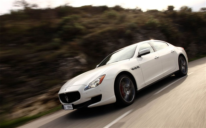 2013 Maserati Quattroporte Auto HD Wallpaper 19 Views:3314