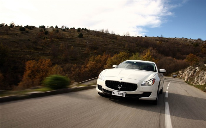 2013 Maserati Quattroporte Auto HD Wallpaper 20 Views:5140
