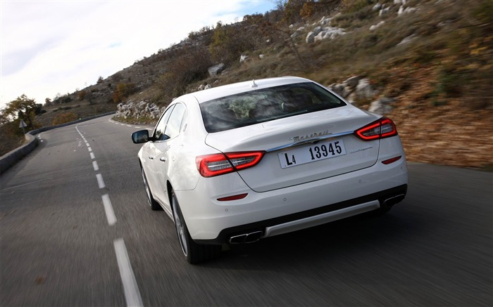 2013 Maserati Quattroporte Auto HD Wallpaper 21 Views:2779