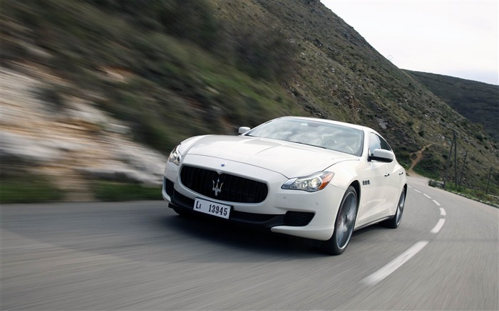 2013 Maserati Quattroporte Auto HD Wallpaper 23 Views:2682