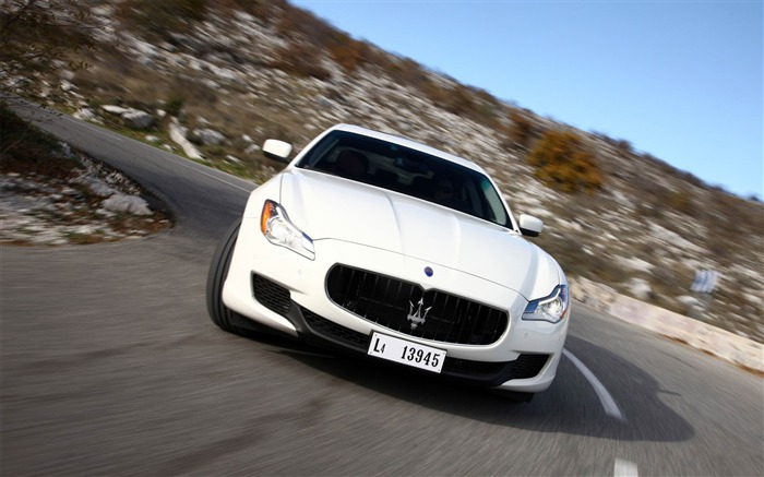 2013 Maserati Quattroporte Auto HD Wallpaper 24 Views:2162