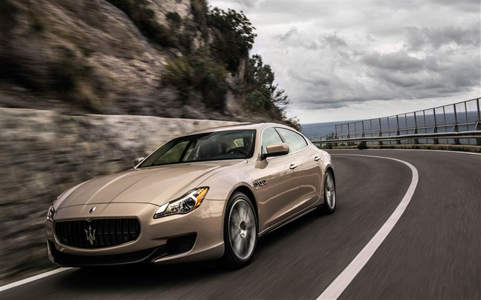 2013 Maserati Quattroporte Auto HD Wallpaper Views:7646