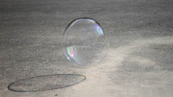 bubble with shadow-2012 Macro Photography Featured Wallpaper Views:3075