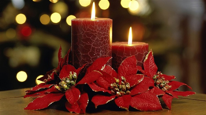 christmas red candles-2013 Happy Christmas Wallpaper Views:4202