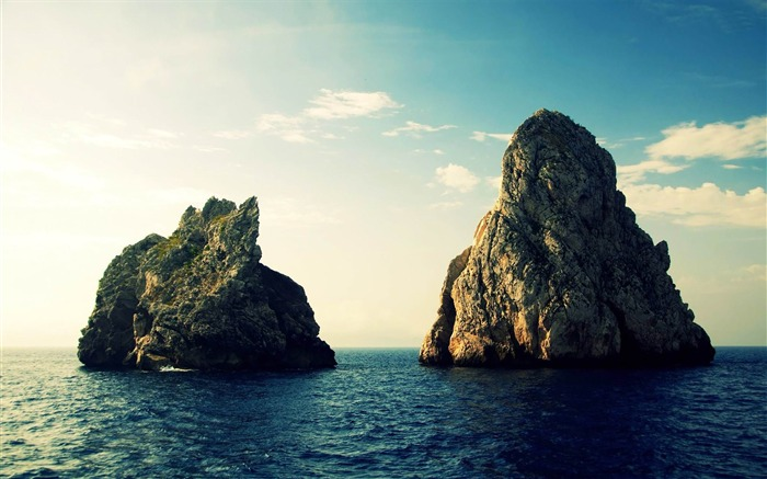 Title:rock formations in the ocean-Landscape with beat wallpaper Views:4736