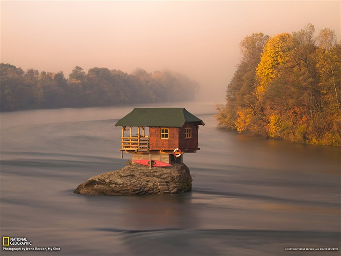 River House Serbia-National Geographic Best Wallpapers of 2012 Views:25923