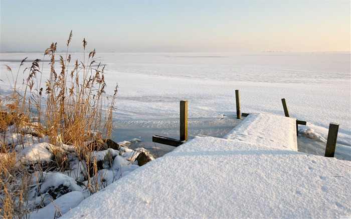 frozen lake winter-winter natural landscape wallpaper Views:4934