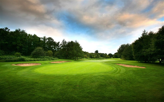 golf course-Sports Theme HD Wallpaper Views:14700