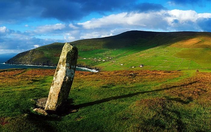 ogham stone-amazing natural scenery wallpaper Views:4937
