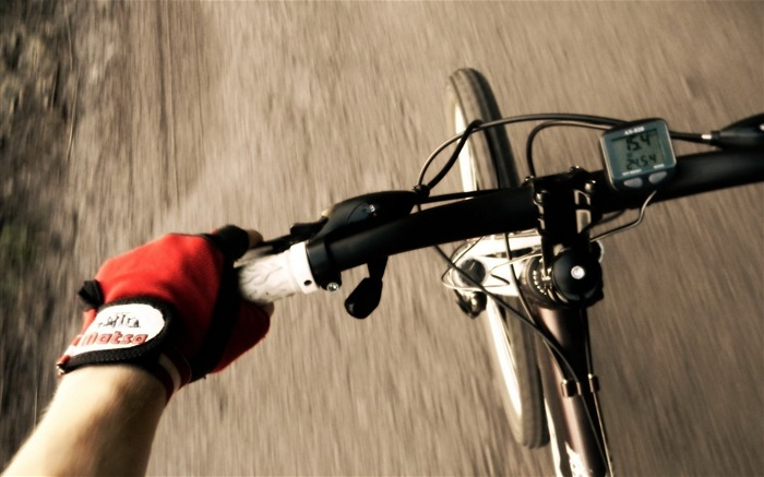 Bicycle theme photography widescreen wallpaper 03 Views:4330
