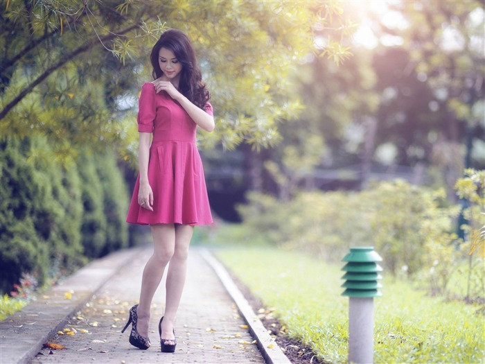 red girl-2013 pure beauty photo wallpaper Views:6252