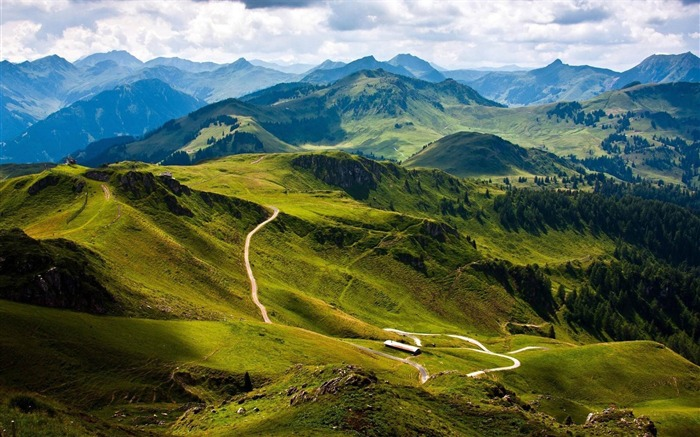 road in the mountains-natural scenery widescreen wallpaper Views:7381