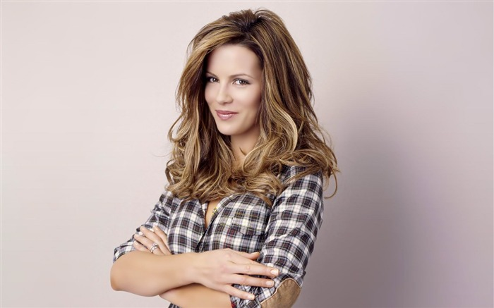 Kate Beckinsale-Female Celebrities Photo HD Wallpaper Views:4981