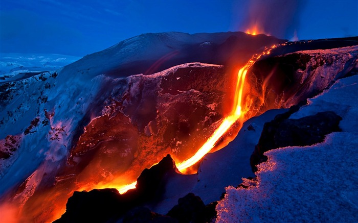 Volcanic eruption magma HD photography wallpaper 02 Views:3807