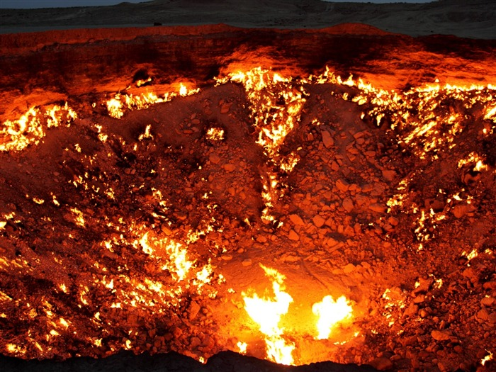 Volcanic eruption magma HD photography wallpaper 05 Views:5256