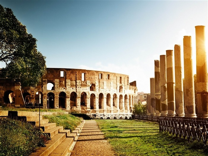 Title:italy rome colosseum light tower ruins-Cities landscape widescreen wallpaper Views:5058